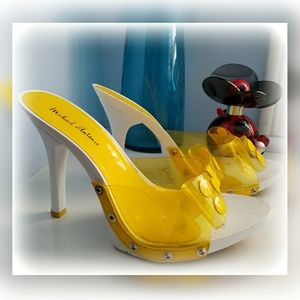 MICHAEL ANTONIO Yellow Bow Dot plastic Heels